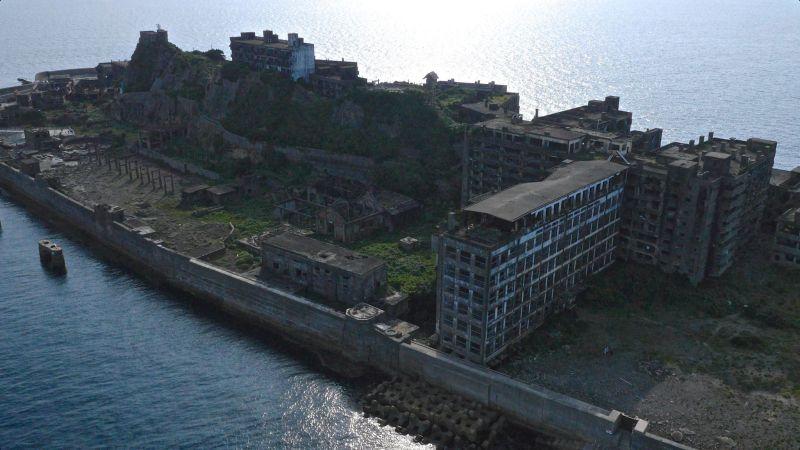The Boyish Life - Louistylersim - Selfcare - Korean - Battleship Island 4